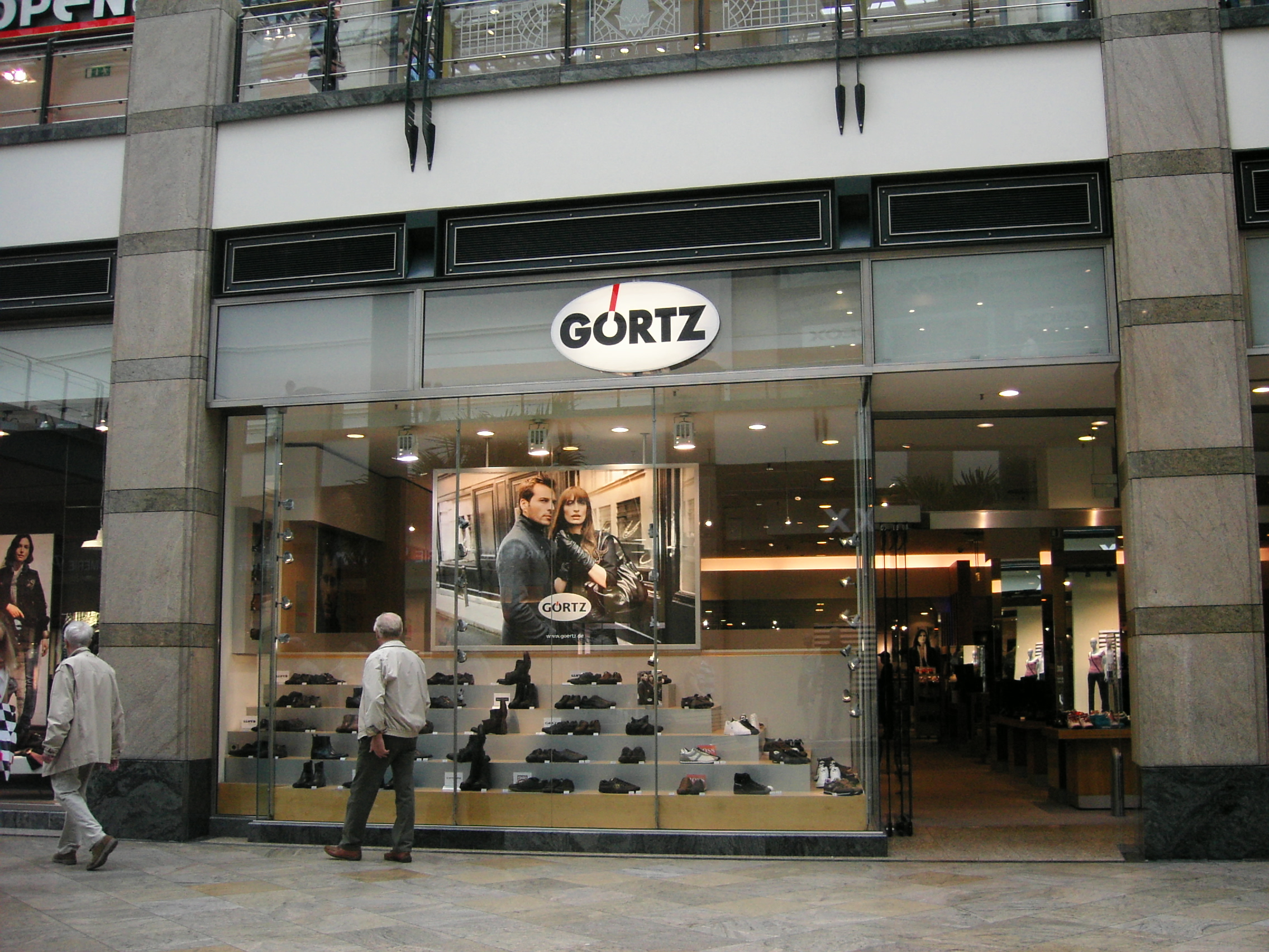 Pictures of retailers in Germany